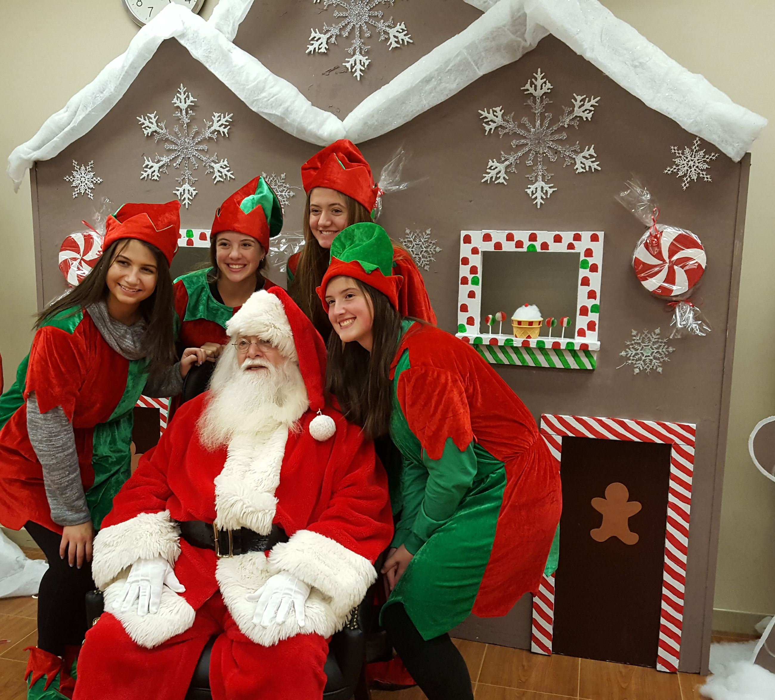 Santa and Elves in Broadview Heights